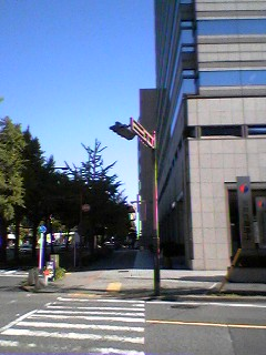 ポスト写真 : 2007年11月7日撮影 : 三井住友海上名古屋ビル前 : 愛知県名古屋市中区錦一丁目2-1