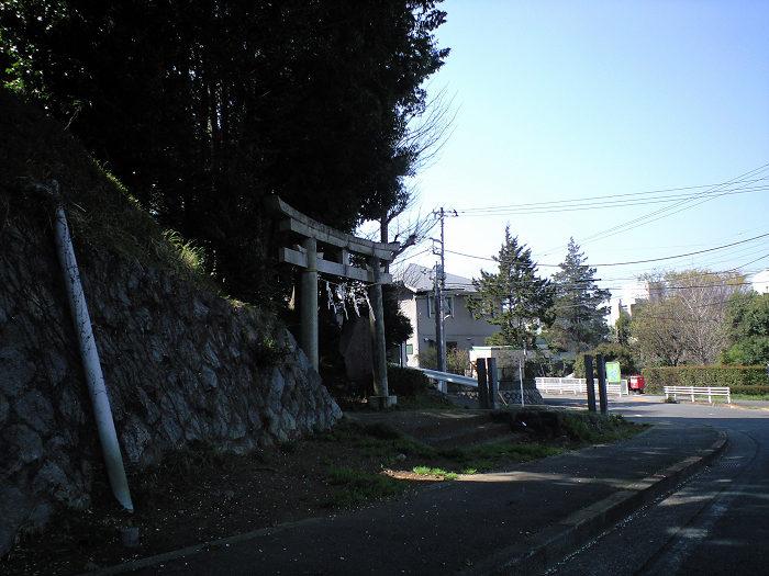 ポスト写真 : 2009-04-10 : 京王コーポ桜ヶ丘前 : 東京都多摩市桜ヶ丘三丁目23