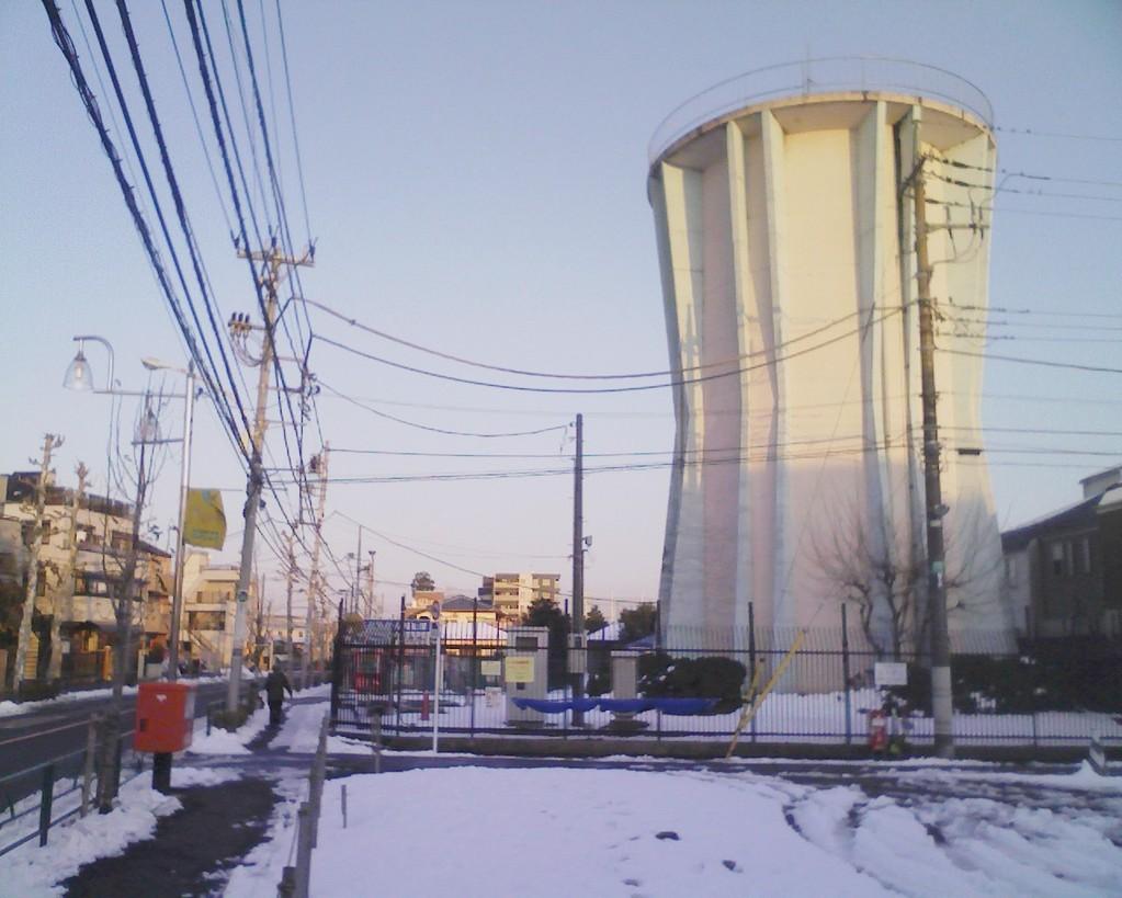 ポスト写真 :  : 上石神井南町12 給水塔の近く : 東京都練馬区上石神井南町12-9