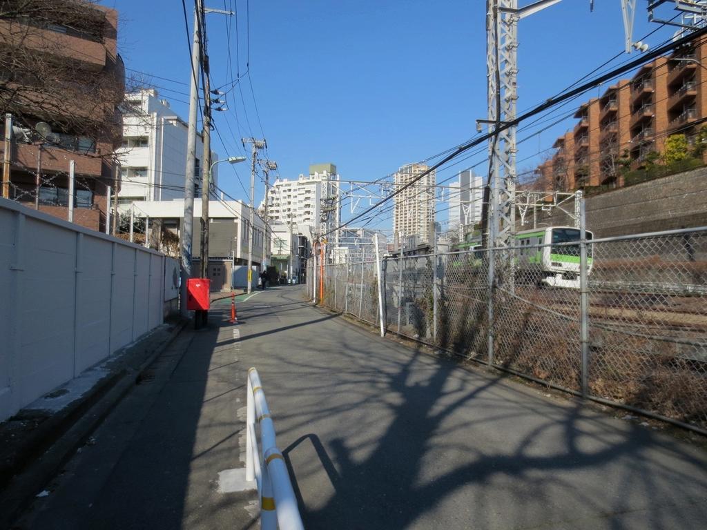 ポスト写真 : 2013.1.30 : 目黒さつきビル : 東京都品川区西五反田三丁目2-13